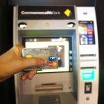 マネパカードでオーストラリアのATMから現金を引き出す(キャッシングする)両替方法