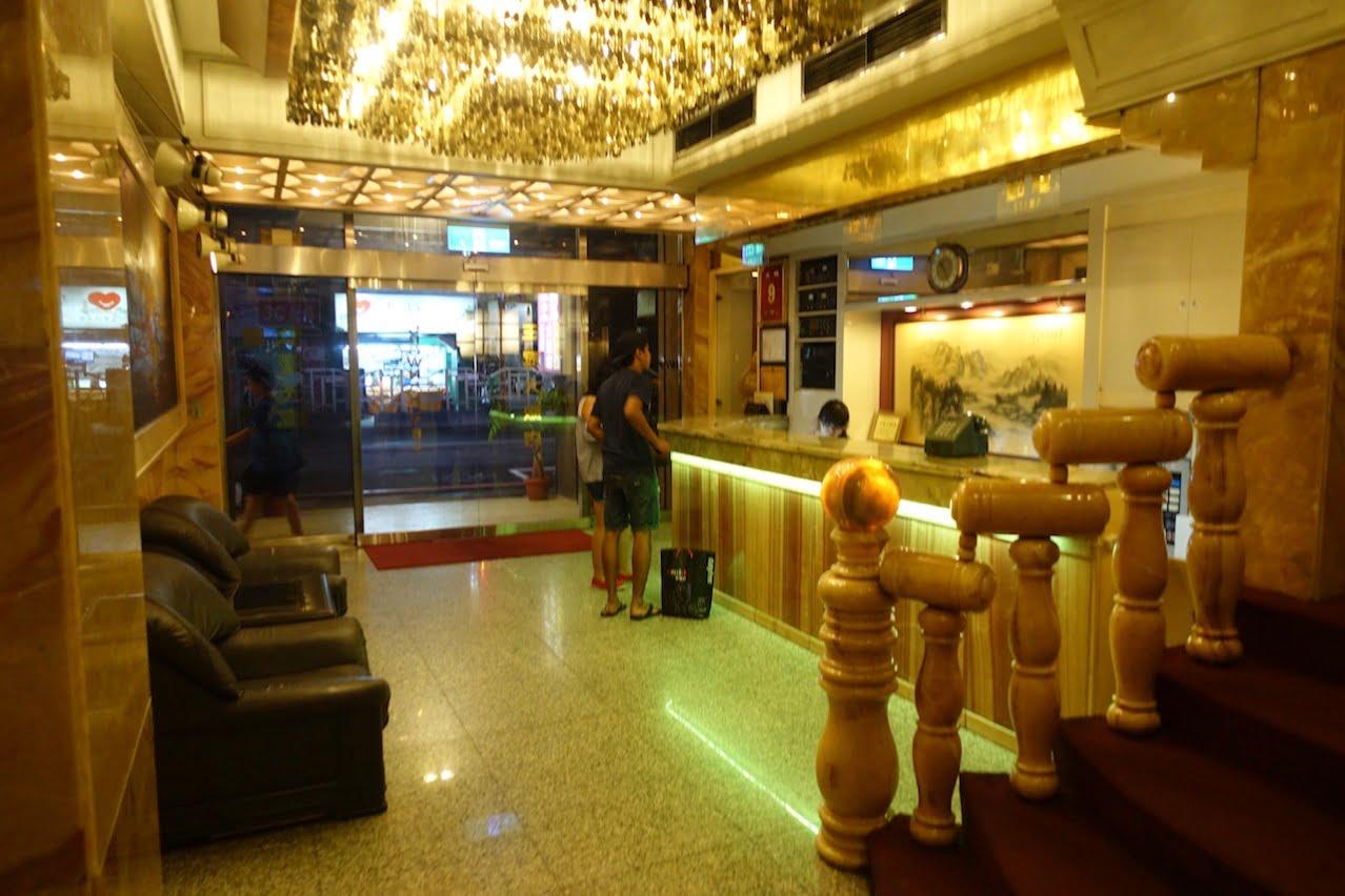 Taiwan taichung crown hostel 006