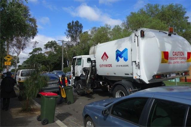 Australia garbage wagon 2
