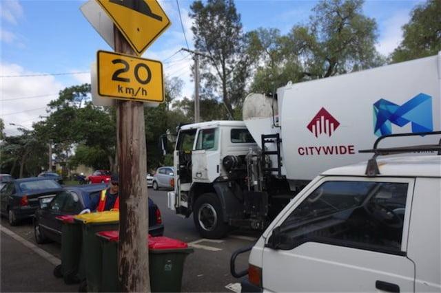 Australia garbage wagon 4