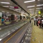 I checked in Changi airport in Singapore!! まるで高級ホテルみたいな空港。シンガポールのチャンギ空港にいます。