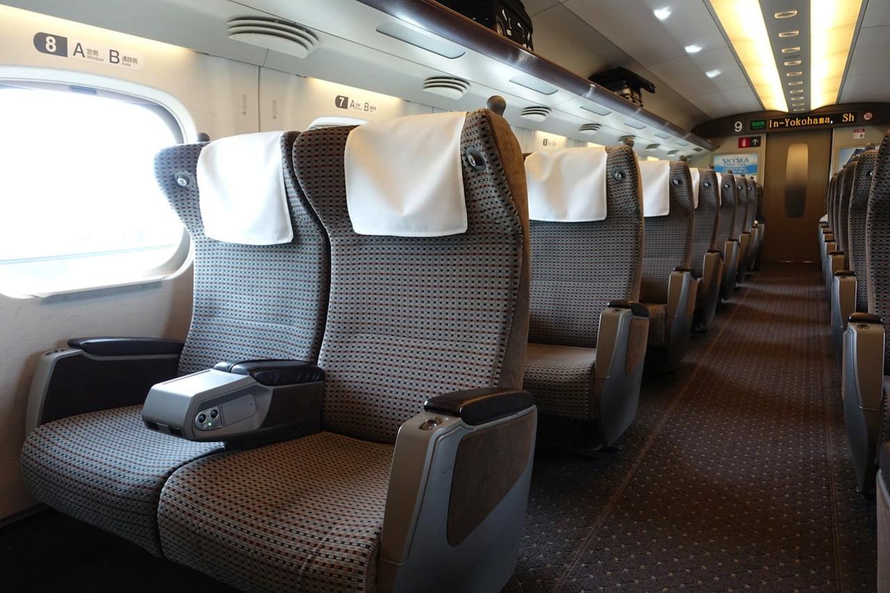 JR green train 15