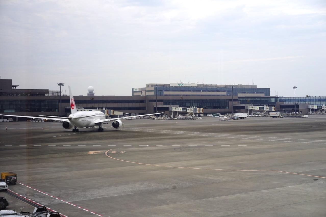成田空港のJAL