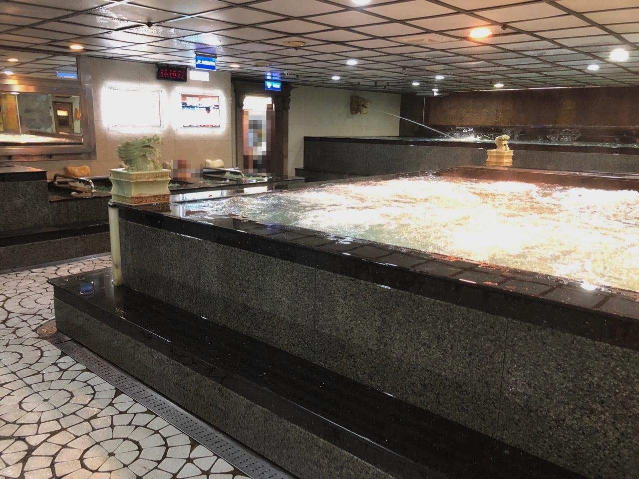 台北の天龍三温暖